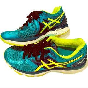ASICS• Dynamic Duomax • Running Shoes